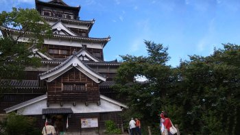 Private Hiroshima & Miyajima Day Tour by Car