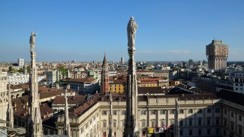 Combo Saver: Skip-the-Line Duomo & Rooftop Tour