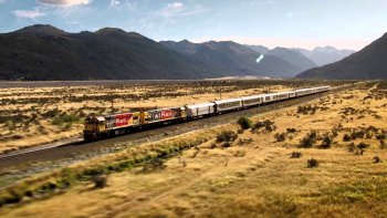 3-Day TranzAlpine Rail Journey with Guided Glacier Tour