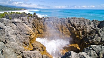 2-Day West Coast Punakaiki Tour via the TranzAlpine Train