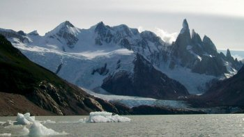 El Chaltén, Lake of the Desert & Viedma Full-Day Excursion