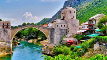 Bosnia &Herzegovina Full-Day Tour with Mostar & Medjugorje