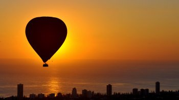 Hot Air Balloon over Gold Coast