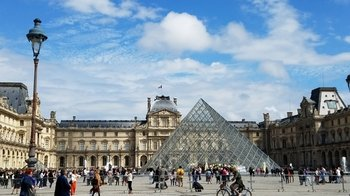 Small-Group Mona Lisa & the Louvre Masterpieces Tour