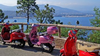 Small-Group Best of Riviera Tour by Vespa