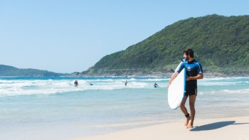 4-Day Seal Rocks Surfing Trip