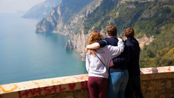 Small-Group Trip to Pompeii & Amalfi Coast