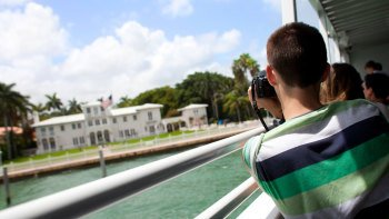 City & Star Island Boat Tour in Biscayne Bay