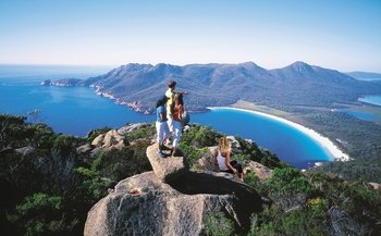 Wineglass Bay Day Tour from Hobart