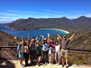 Full-Day Wineglass Bay, Freycinet National Park & Ross Tour from Launceston
