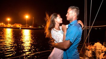 Romantic Aristocat Evening Cruise with 5-Course Dinner