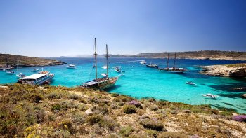 Combo Saver: Gozo Jeep Safari & Malta Sailing Cruise