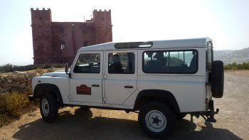 Land Rover Defender Safari