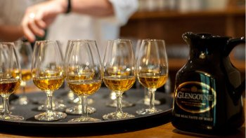 Small-Group Discovering Malt Whisky Full-Day Tour