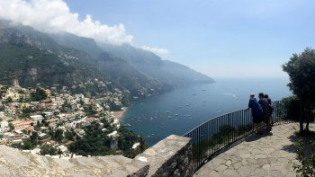 Private Amalfi Coast Sightseeing Tour in a Vintage Fiat 600 from Sorrento