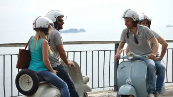 Private Amalfi Coast Sightseeing Tour by Vintage Vespa from Naples