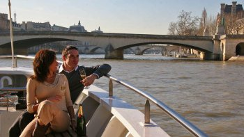 Champagne Tasting Seine River Cruise