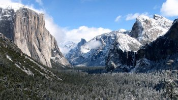 2-Day Yosemite National Park Winter Tour with Hotel