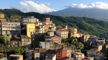 Mount Etna & Mediaeval Village Tour with Wine Tasting