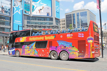 Toronto Hop-On Hop-Off City Sightseeing Bus Tour