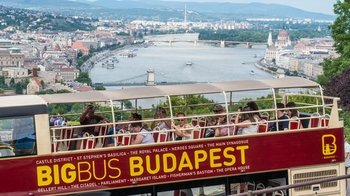 Hop-on-Hop-off-Bustour durch Budapest