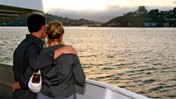 California Twilight Cruise with Drinks & Appetizers