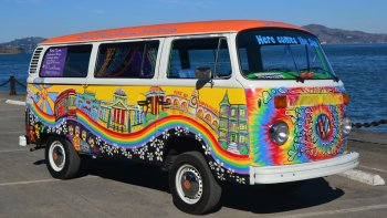 Volkswagen Bus Hippie Sightseeing Tour