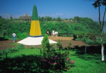 Foz do Iguaçu City Tour and Landmark of Three Frontiers
