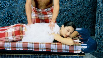 Turkish Baths Experience & Oil Massage with Hotel Transfer