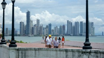 Panama Canal & City Tour