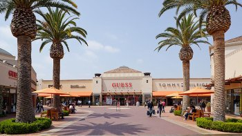 Citadel Outlets with VIP Lounge & RT Transfers to LAX