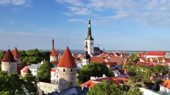 Panoramic City Tour of Tallinn