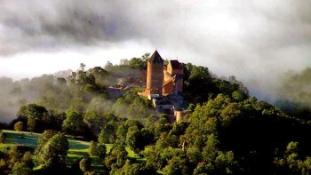 Medieval Castles & Natural Wonders of Gauja National Park from Riga