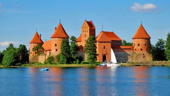 Trakai Castle & National Park Private Tour