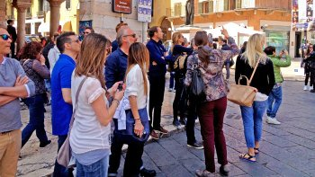 Small-Group Verona Walking Tour
