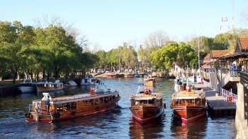 San Isidro & Tigre Small Group Tour