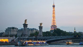 Bistro Dinner and River Seine Cruise