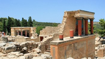 Private Shore Excursion: Knossos Palace & Archaeological Museum