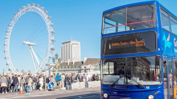 London Hop-On Hop-Off Bus Tour with Top Attraction Tickets