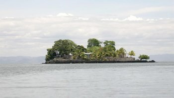 Full-Day Tour of Colonial Granada & Lake Nicaragua Island Cruise