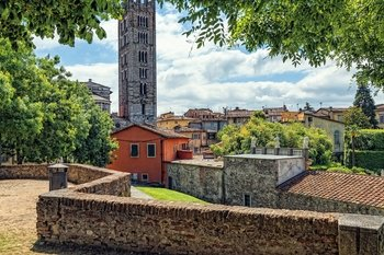 Full-Day Tour of Pisa & Lucca from Florence
