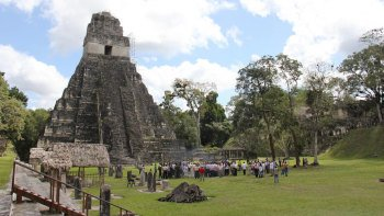 Tikal Ruins and Yaxha Ruins Overnight Tour