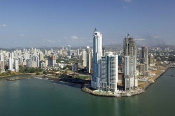 Full-Day Panama Canal & City Tour
