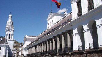 5-Day Colours of Ecuador Tour with 4-Star Hotel