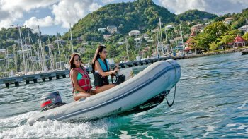 Powerboat Adventure & Snorkelling Tour
