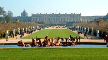 Skip-the-Line Versailles Tour with Audio Guide