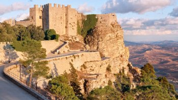 Private Full-Day Tour to Segesta & Erice