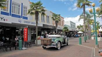 Napier Cruise Excursion - City Sights & Hawke's Bay Tour
