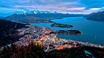 Shore Excursion: Overnight Trip to Queenstown & Dunedin with Flight
