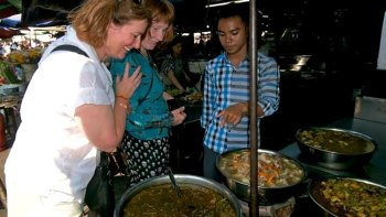 Evening Street Food Tour of Phnom Penh
